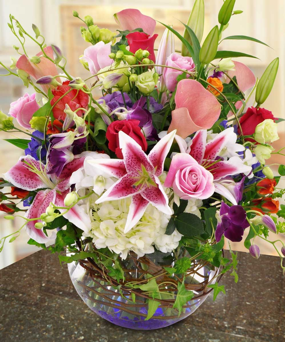 metropolitan designs sophisticated and exotic flower arrangements, Natural flower