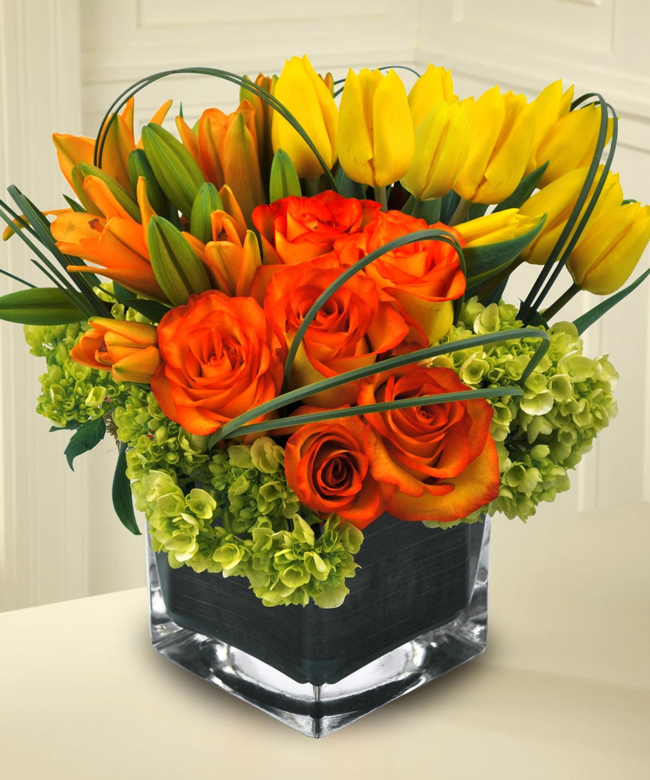 A Beautiful Selection Of Thanksgiving Flowers And Table Centerpieces